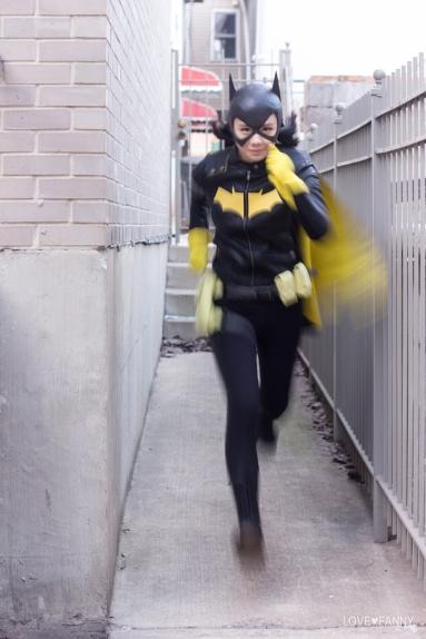 Batgirl running